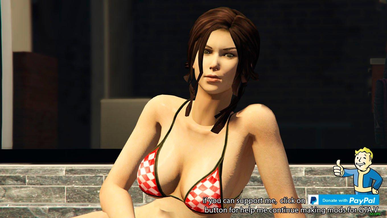 nude lara croft model