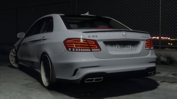 Mercedes-Benz E63 AMG - GTA5